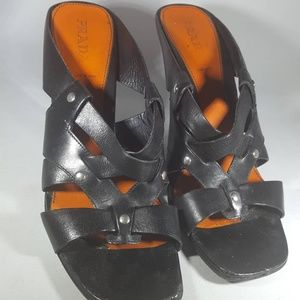 Authentic Prada size 40 heels